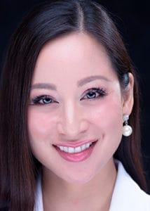 Dr. Nora Vinh